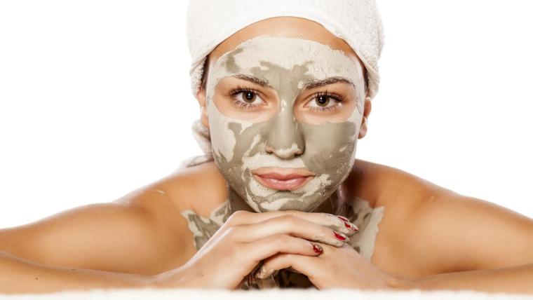 Pielęgnacja i wiosenny makijaż